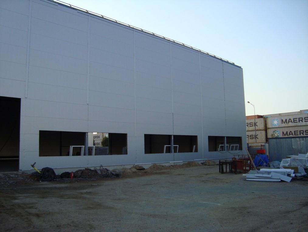Здание склада вспомогательного назначения цеха штамповки, примыкающее к цеху испытания штампов