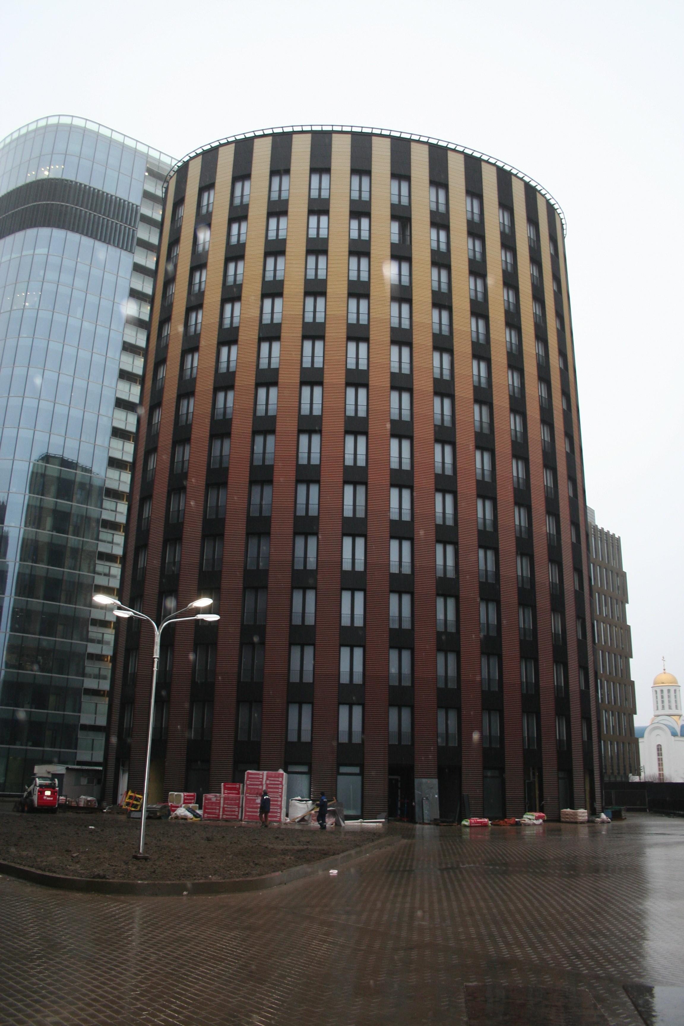 Многофункциональный комплекс жилого и нежилого назначения (4й пусковой комплекс)